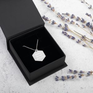Smoking Survivor Hexagon Necklace – Custom Quit Smoking Date